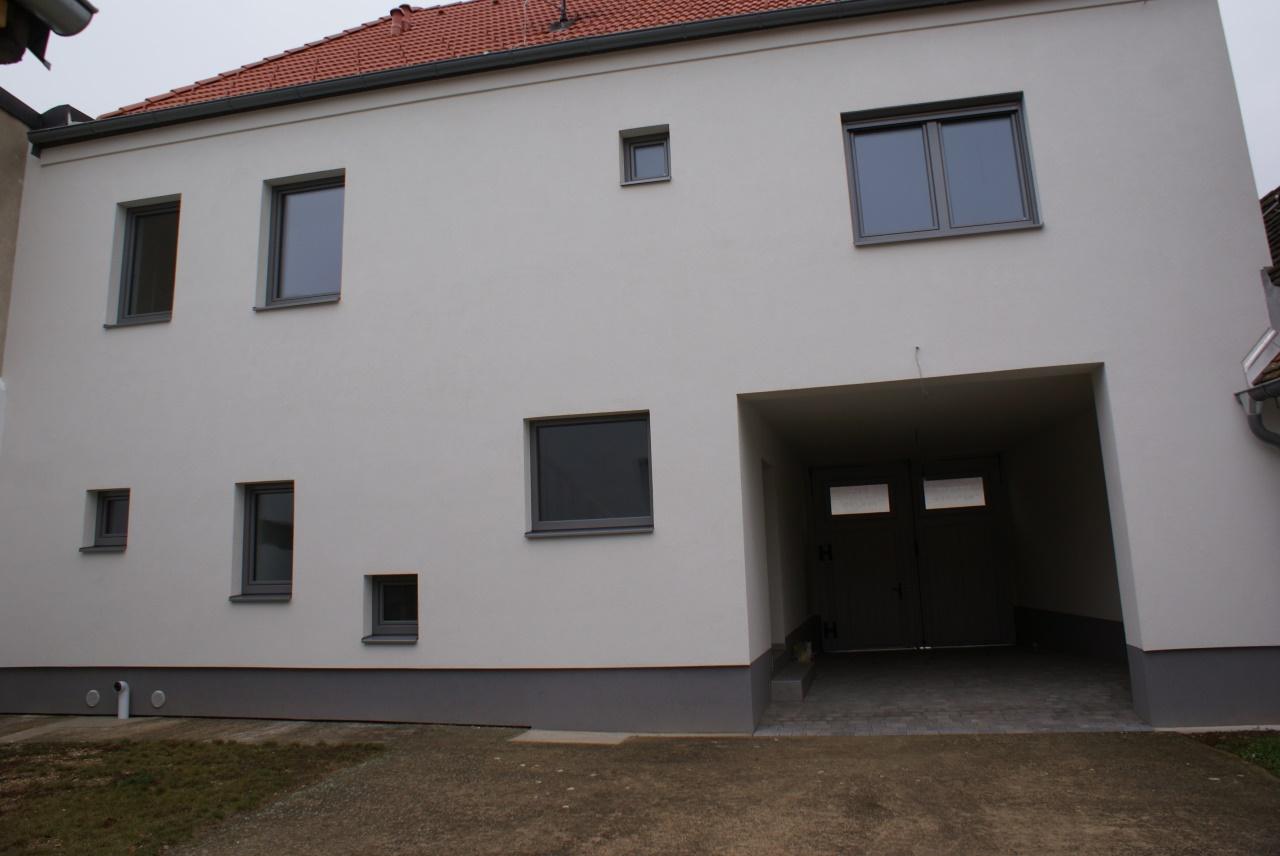 2465 Höflein , Dorfstraße 45 004