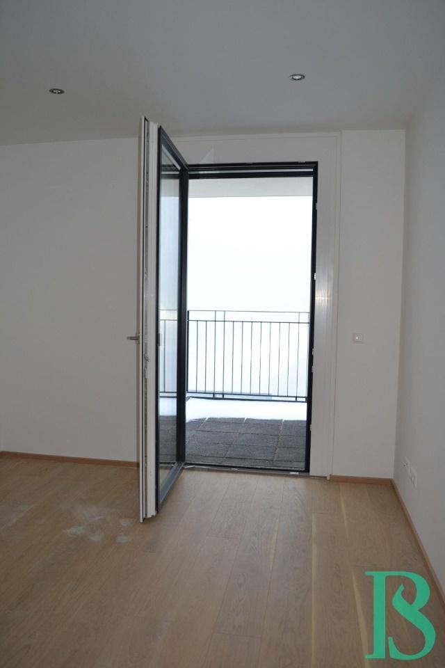 Zimmer/Ausgang Terrasse