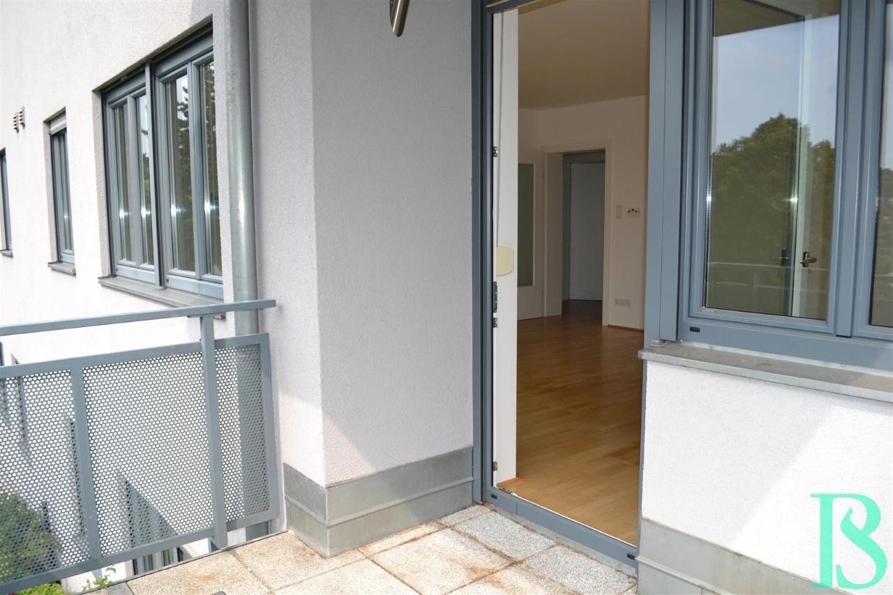 Terrasse/Blick Wohnraum