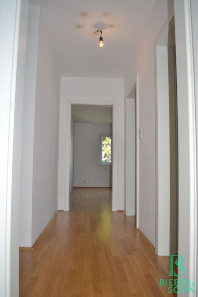 Flur/Blick Zimmer 1