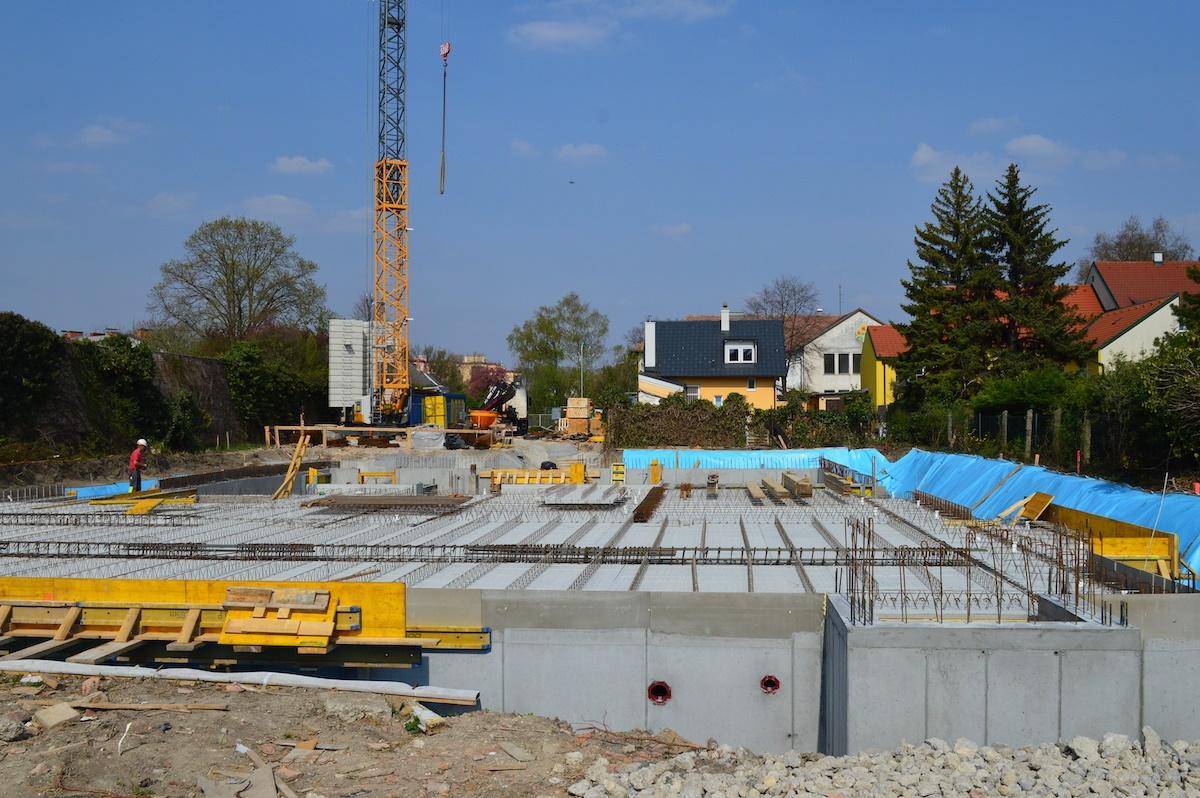 Bauplatz April