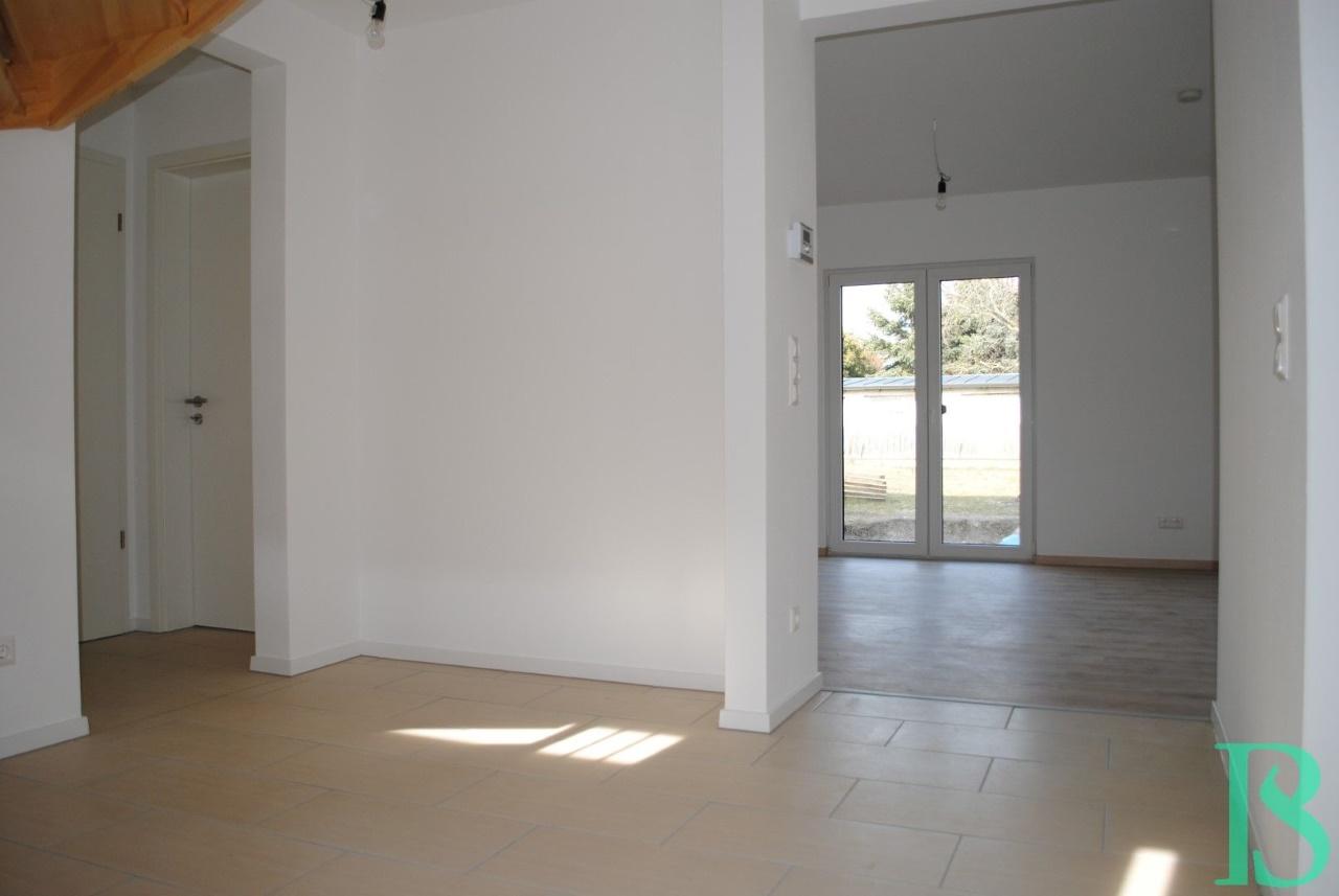 Eingangsbereich / Wohnzimmer