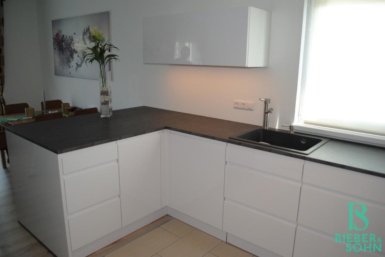 dzt. Küche / Ablöse 9.900,00 EUR
