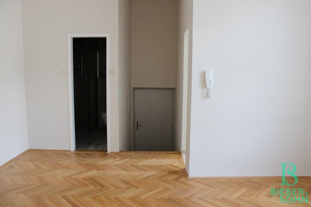 Vorraum / Bad / Eingangsbereich