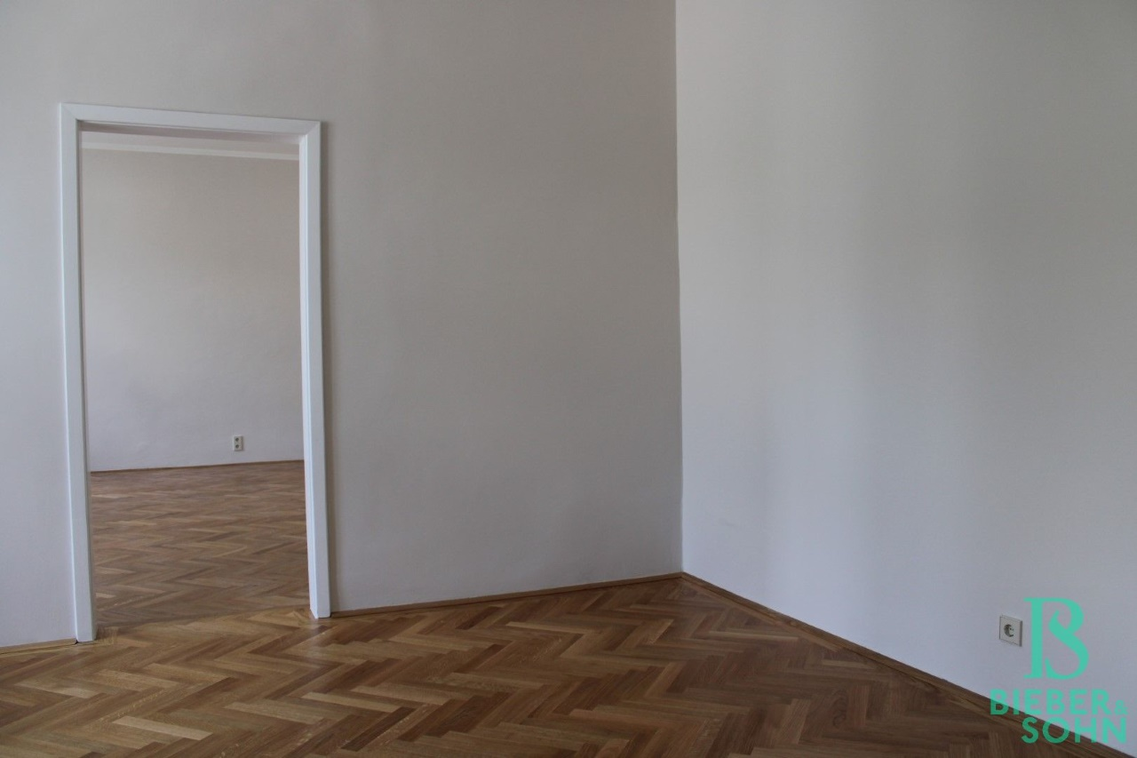 Vorraum / Zimmer