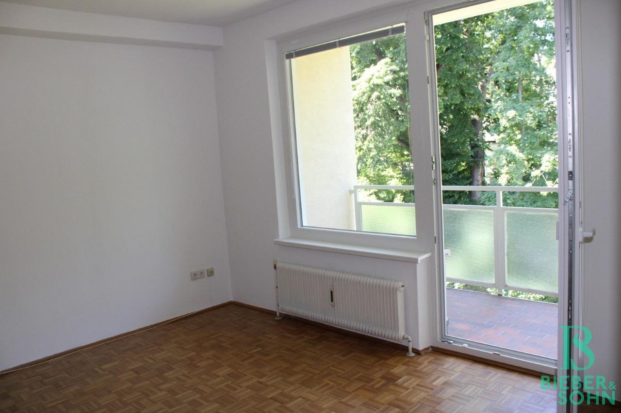 Wohnzimmer / Loggia