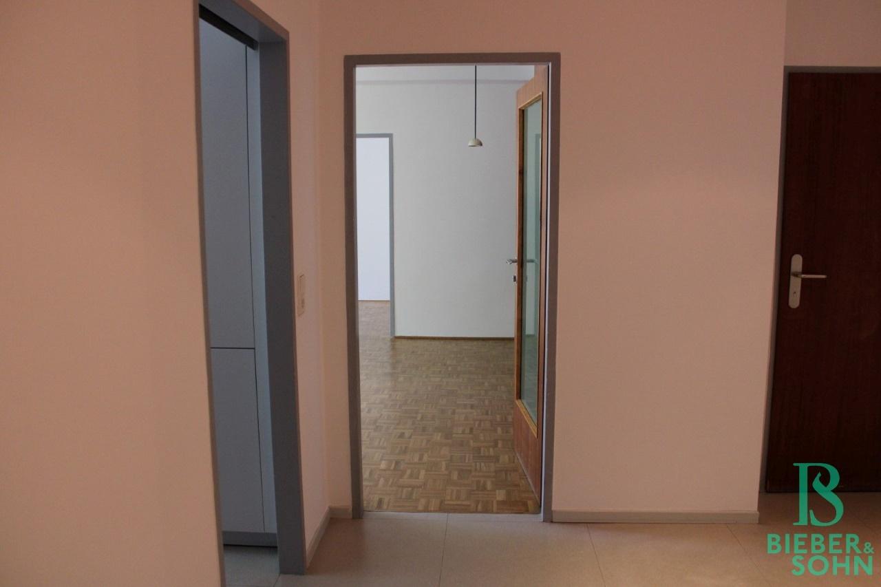 Vorraum / Küche / Wohnzimmer