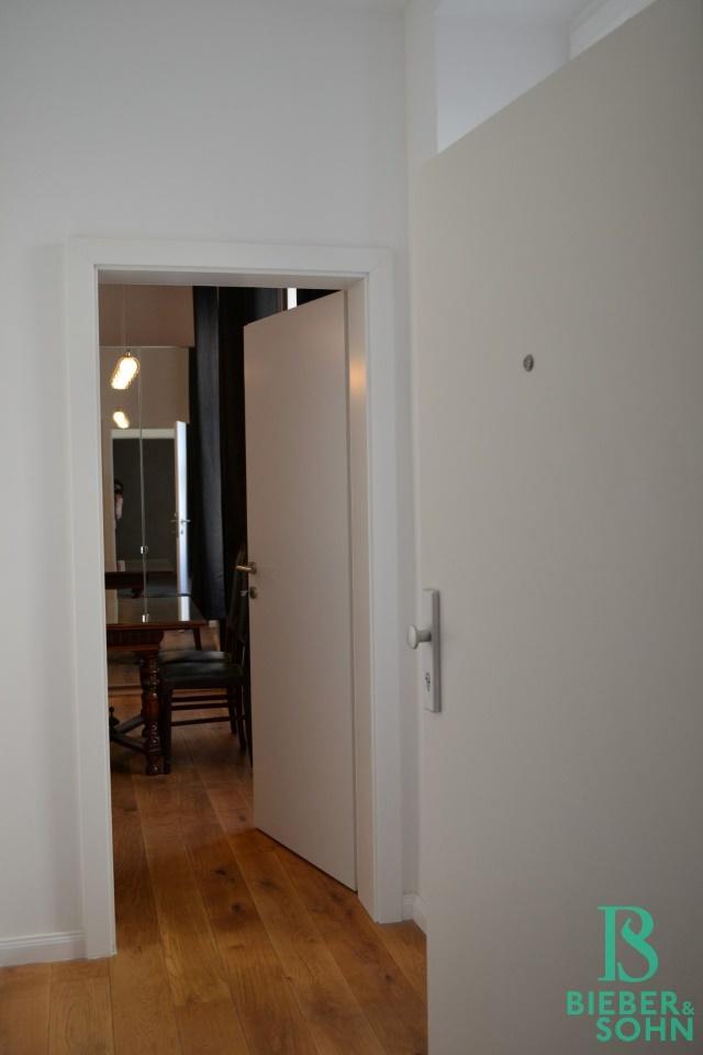 Vorraum/Blick Wohnraum