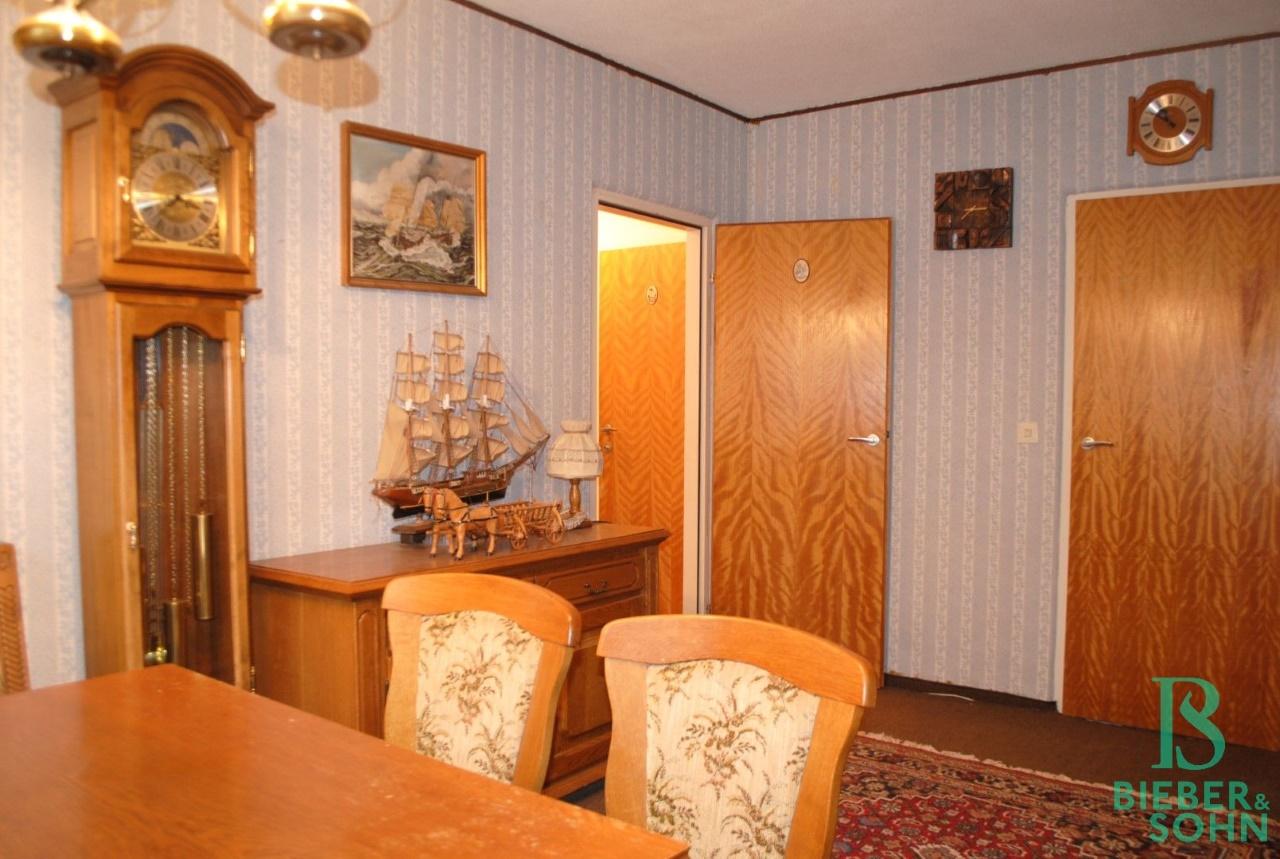 Zimmer 2 / Schrankraum / Vorraum