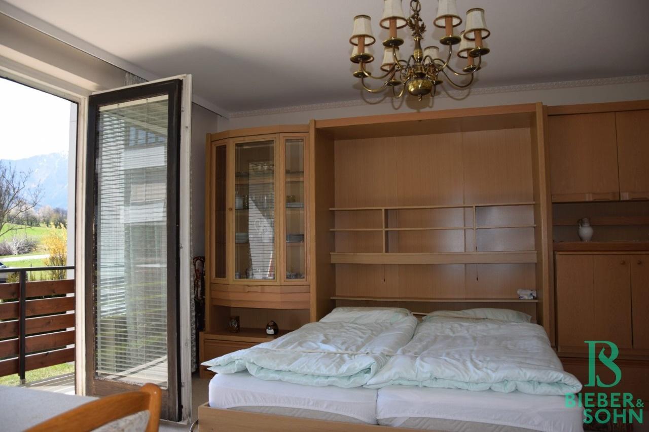 Einbauschrank mit Bett