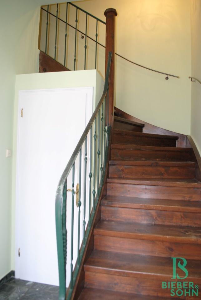 Vorraum / WC / Stiegenaufgang
