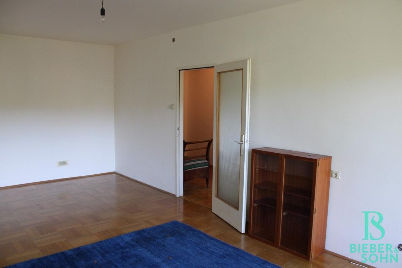 Wohnzimmer / Vorraum
