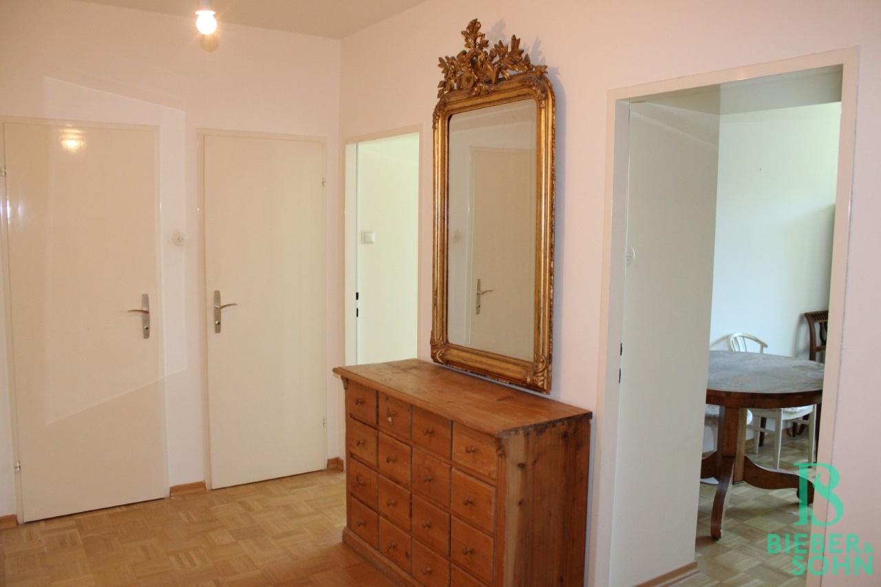 Garderobe / Zimmer 1 / Zimmer 2 / Bad / WC