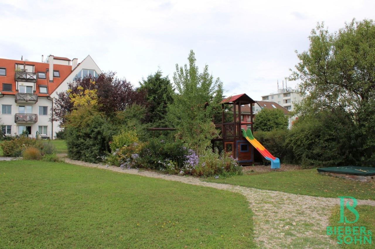 Garten / Spielplatz