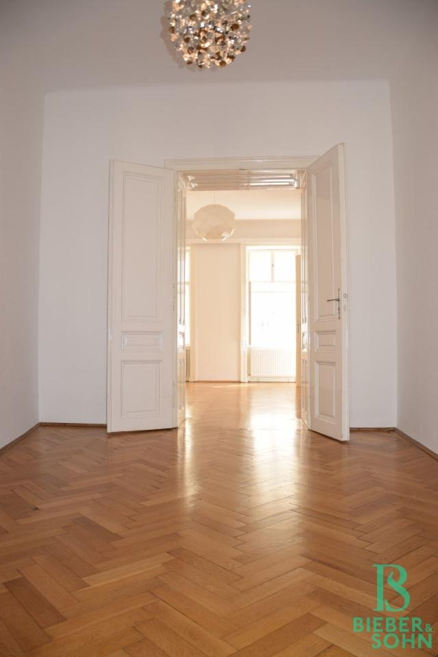 Zimmer 1/Blick Zimmer 2