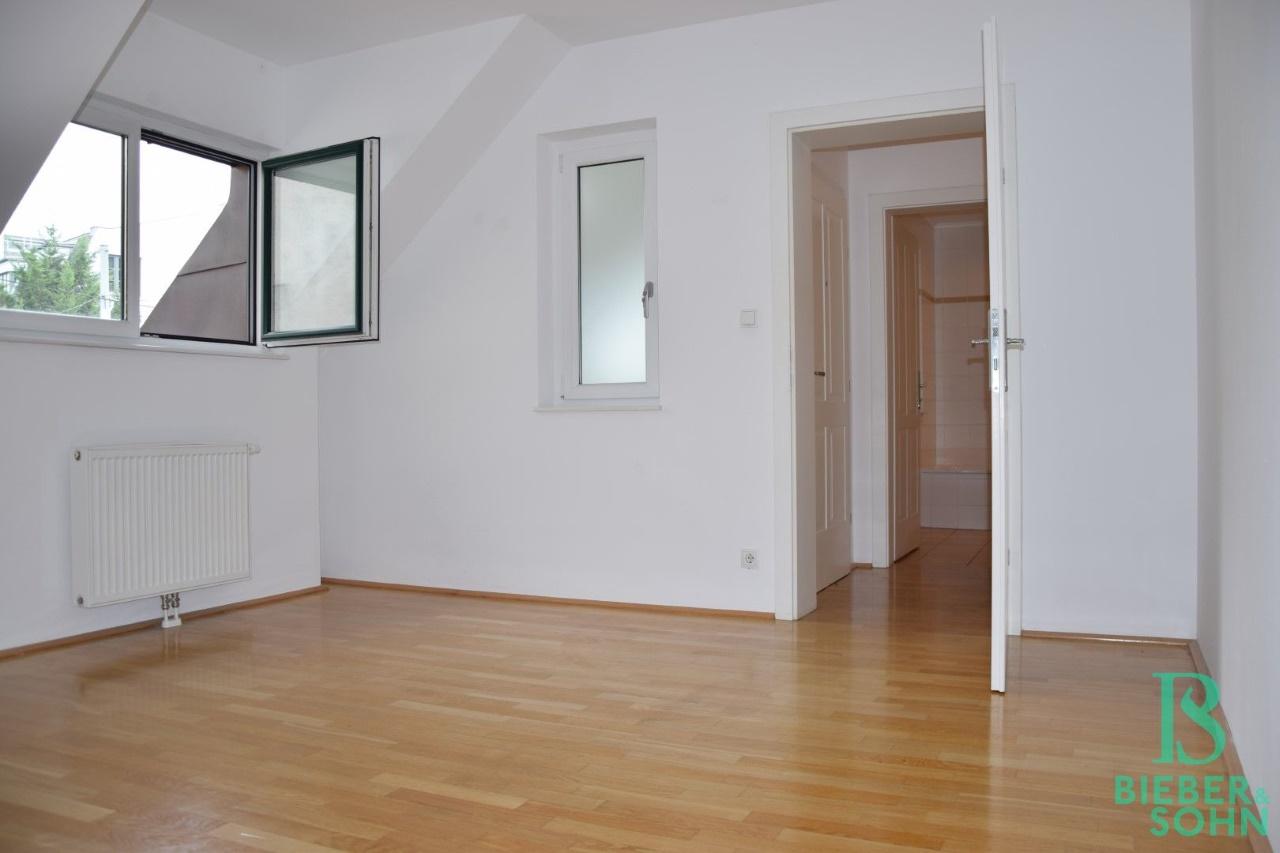 Zimmer 1/Blick Vorraum/Bad