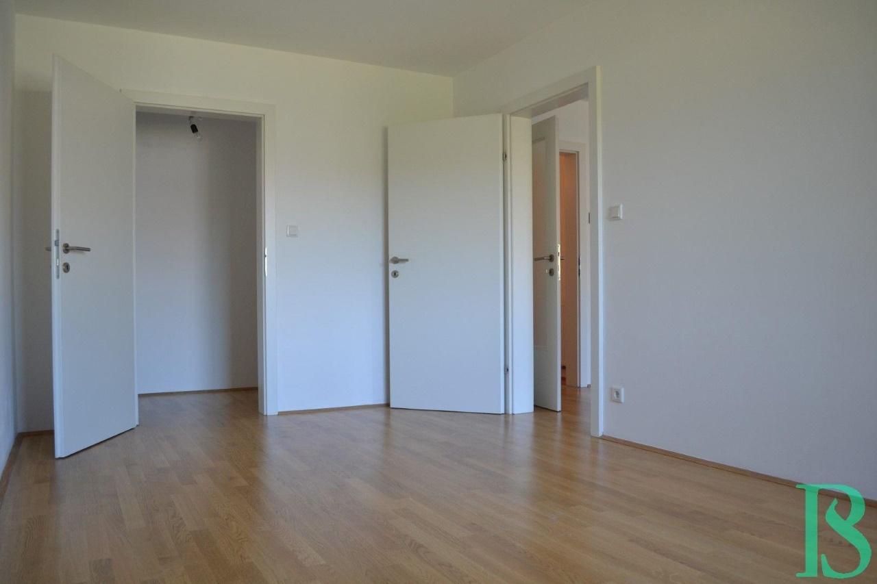 Zimmer/Schrankraum