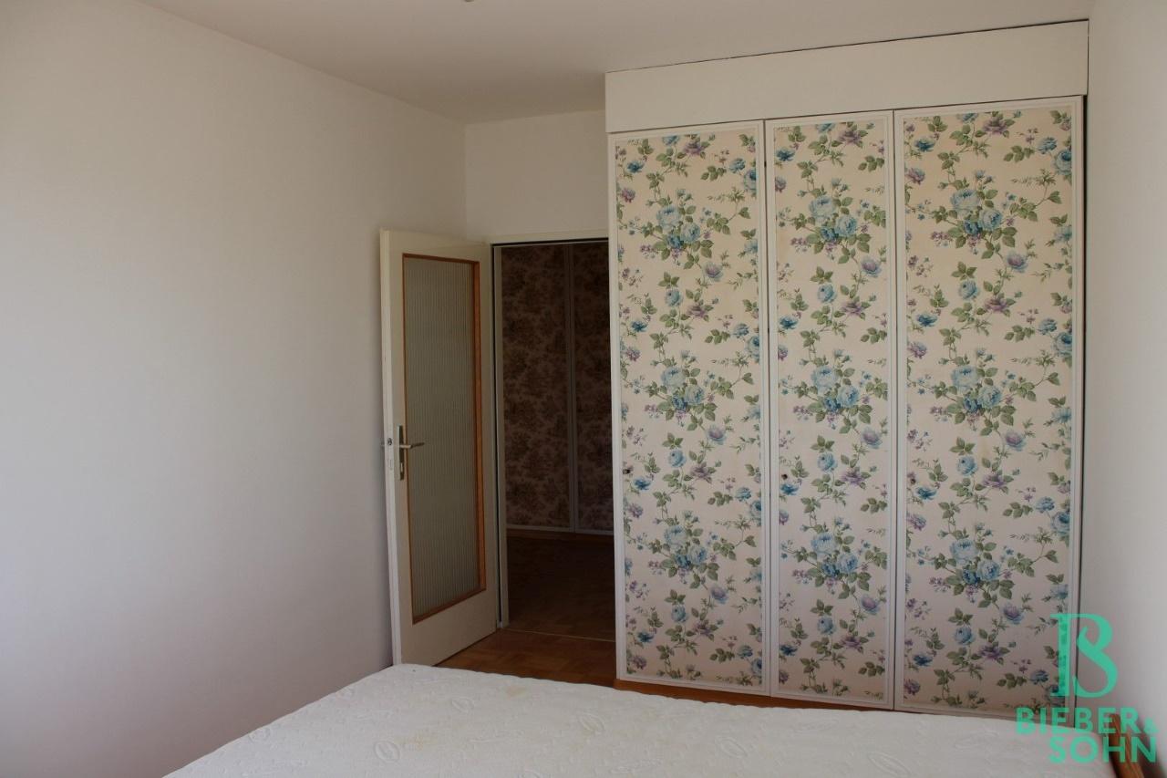Zimmer 2 / Vorzimmer