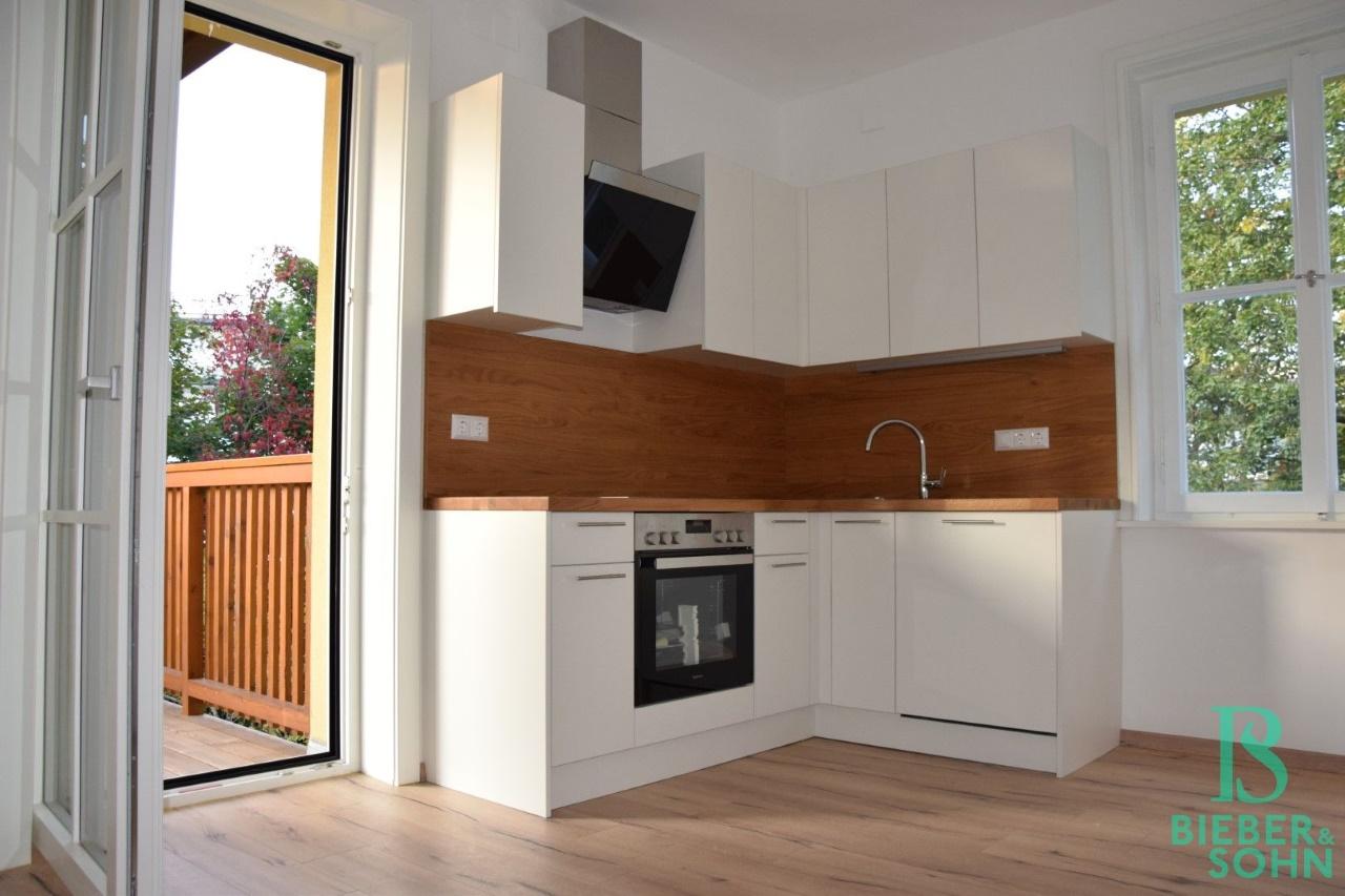 Küche/Ausgang Terrasse