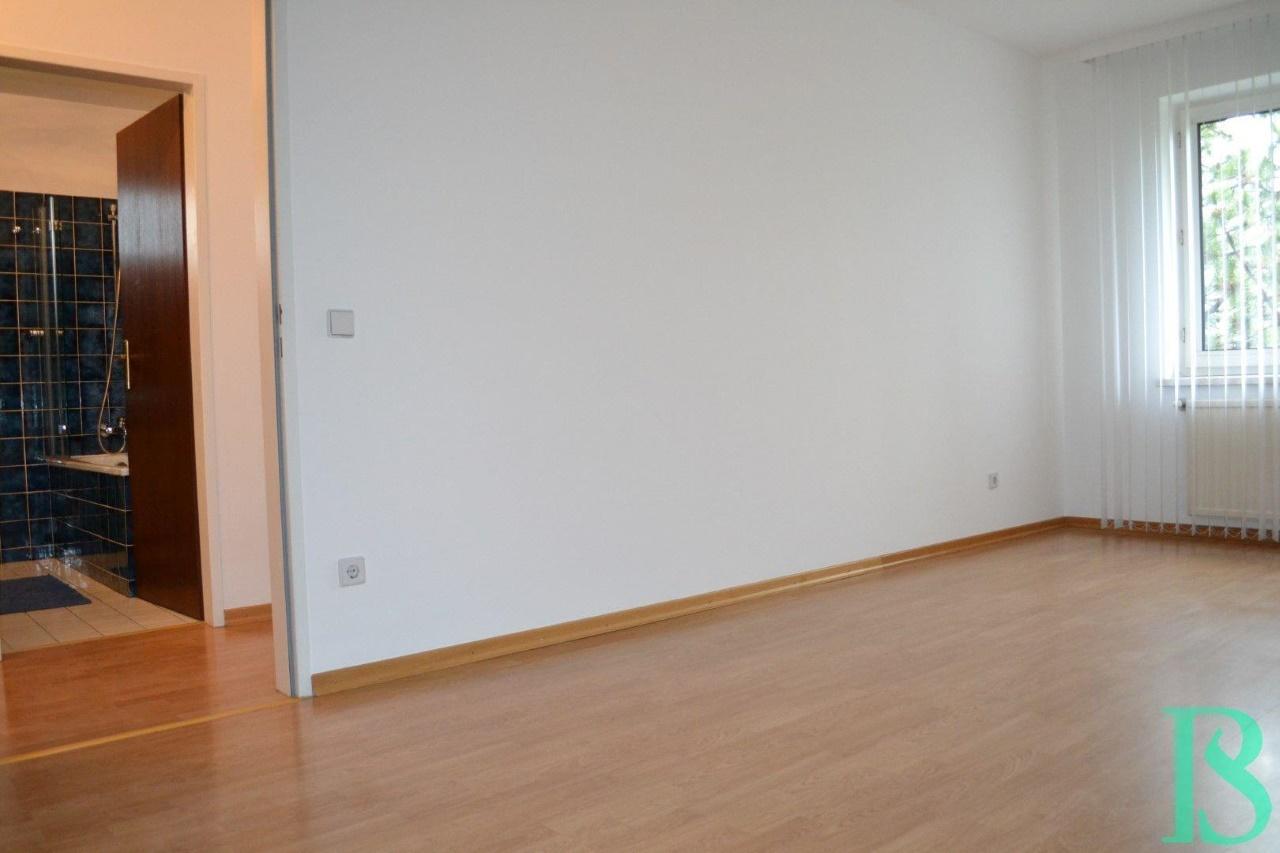 Blick Bad/Zimmer 2