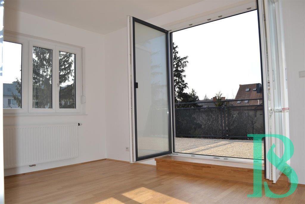 Zimmer/Ost-Terrasse