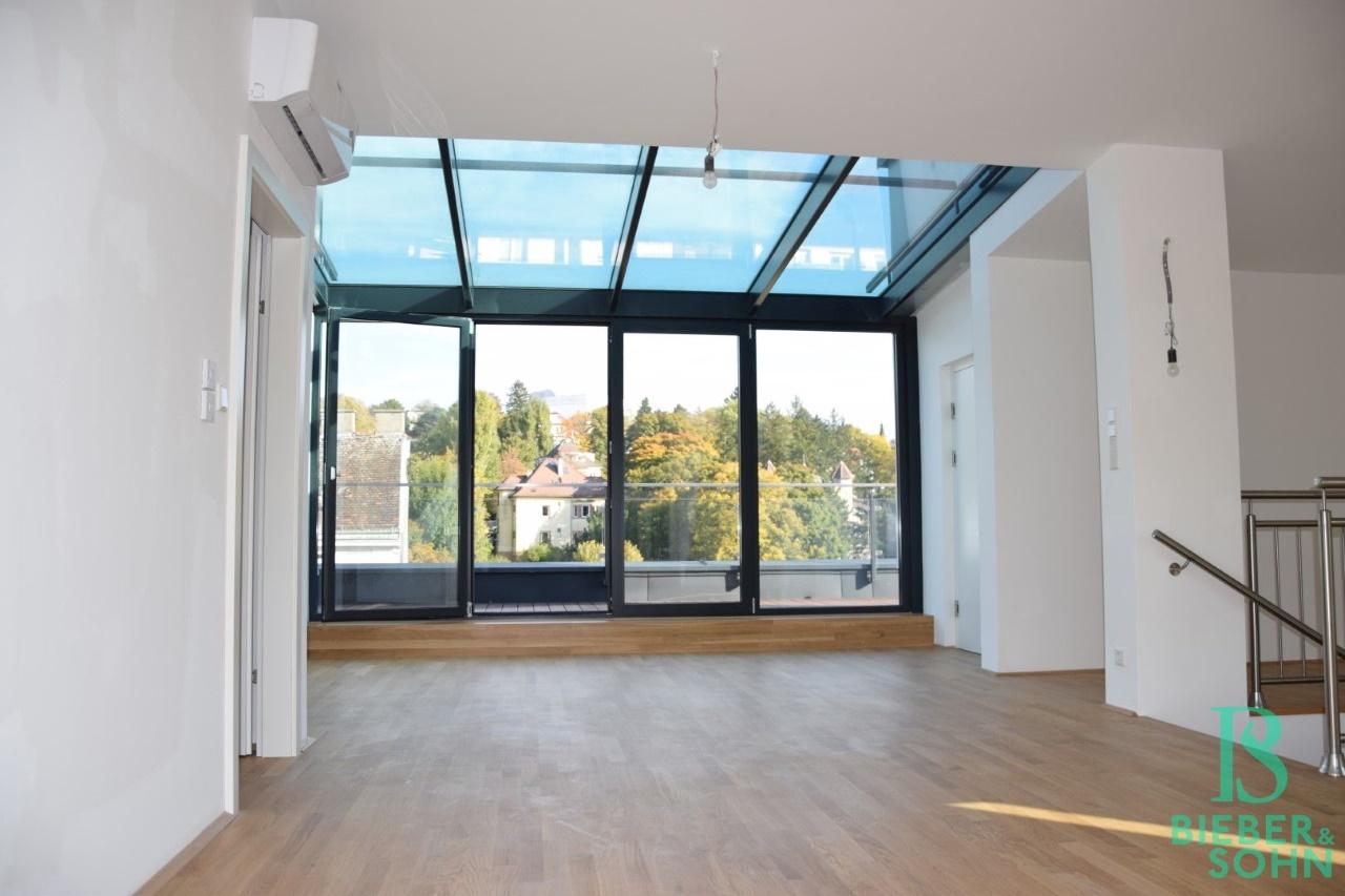 Galerie mit Dachterrasse