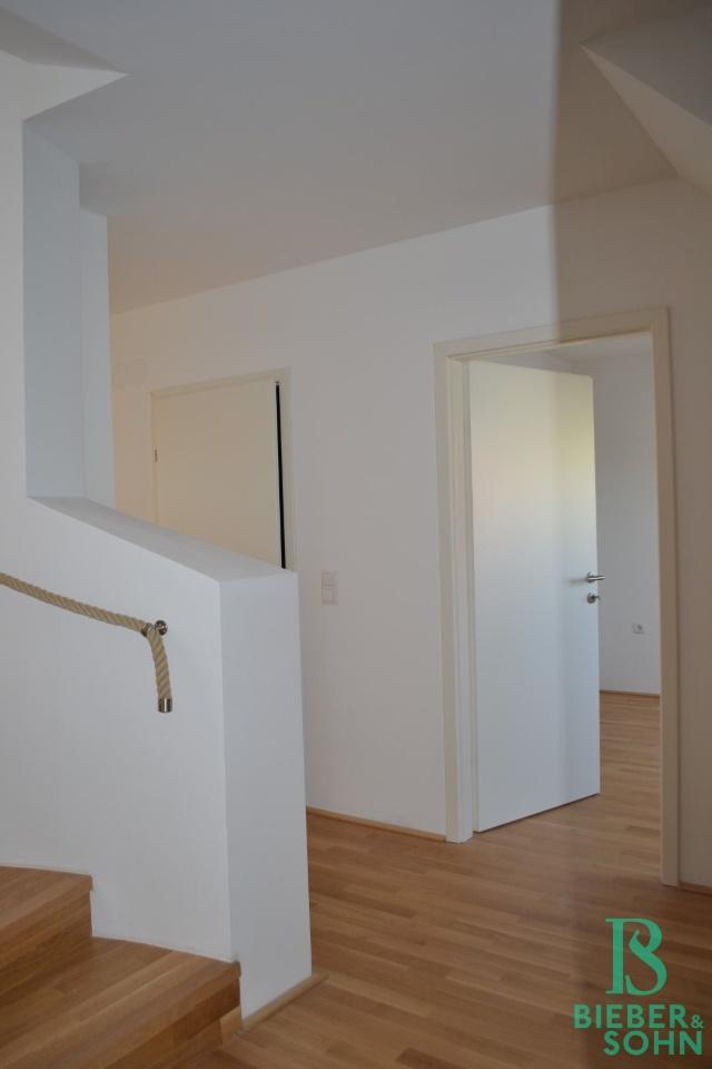 Vorraum/Blick Zimmer