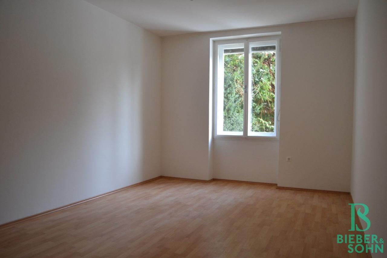 Zimmer 2/Blick Grünanlage