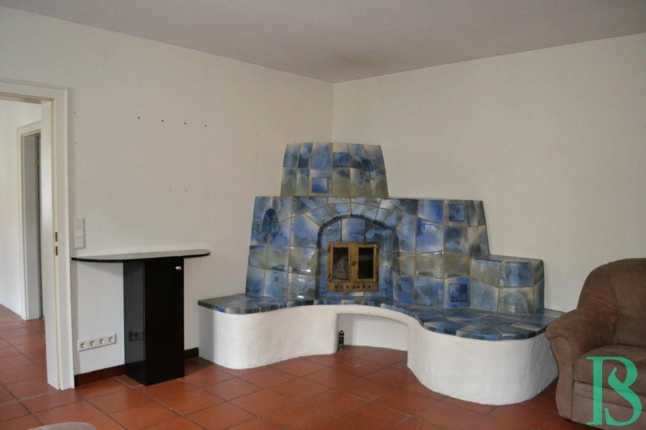 Wohnraum mit Kamin