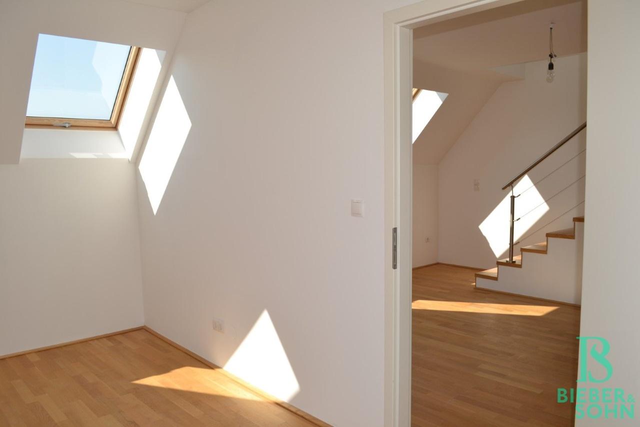 Zimmer/Blick Küchenbereich