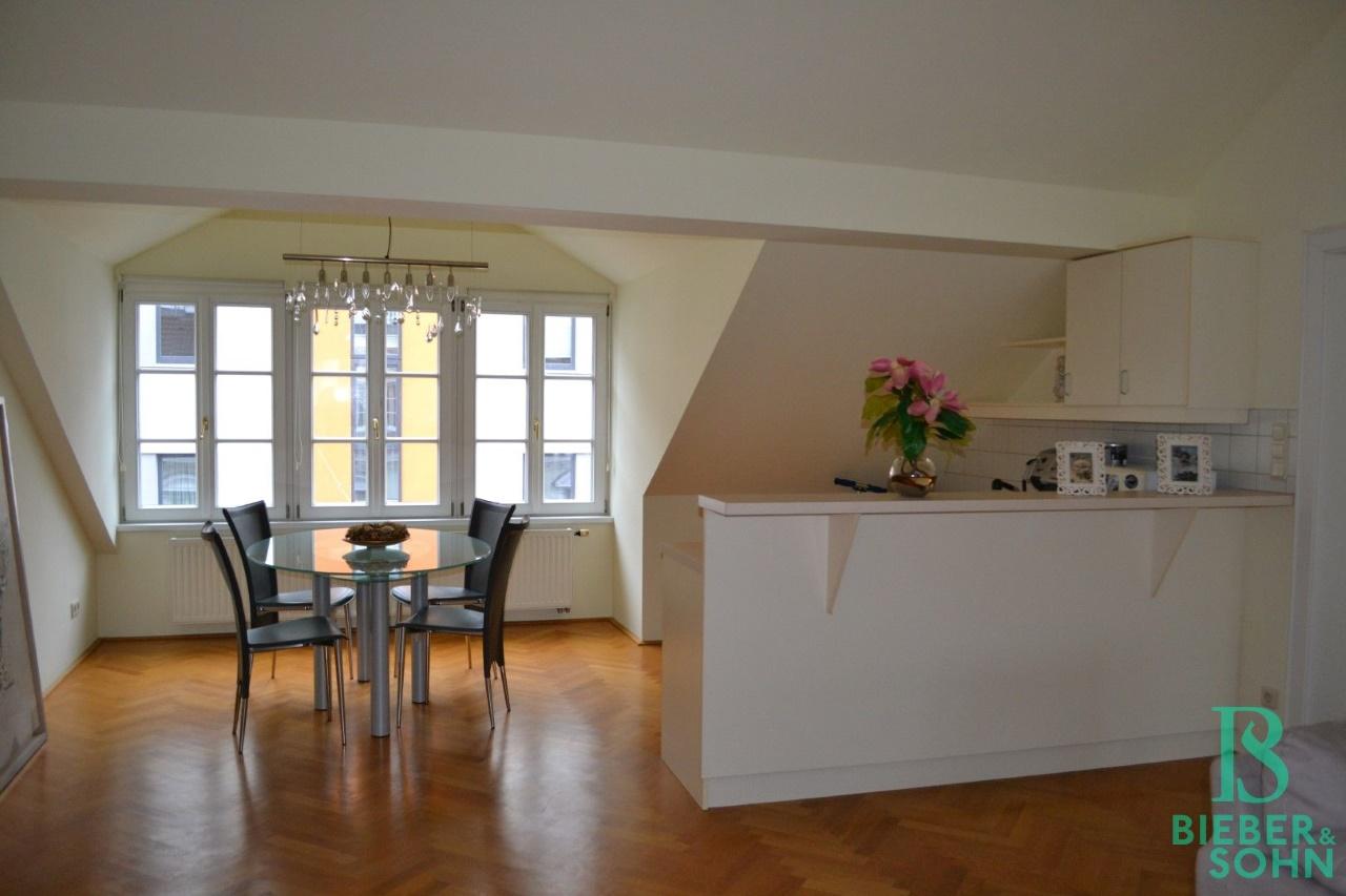 Galerie Küche DG