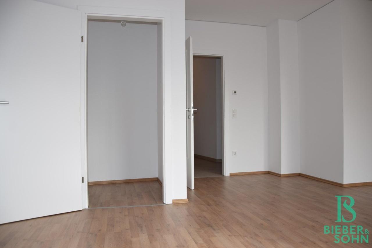 Wohnraum/Blick AR/Vorraum