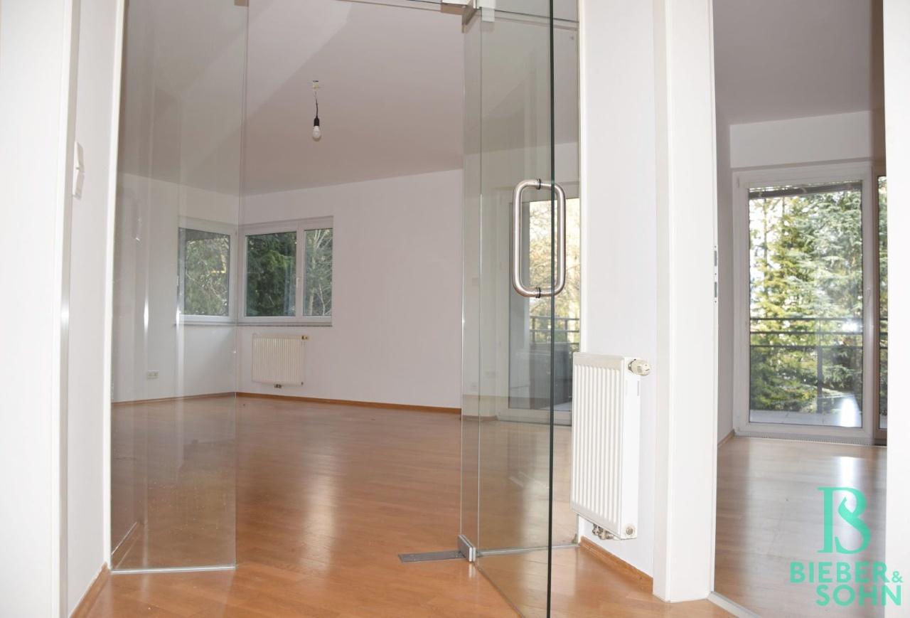 Blick Wohnraum/Zimmer