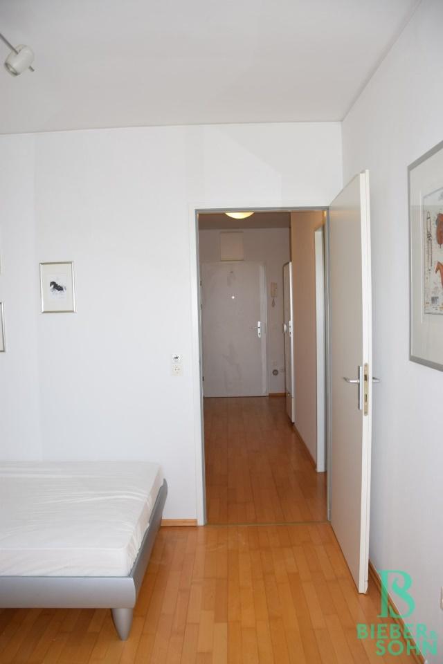 Zimmer 2/Blick Vorraum/Eingang