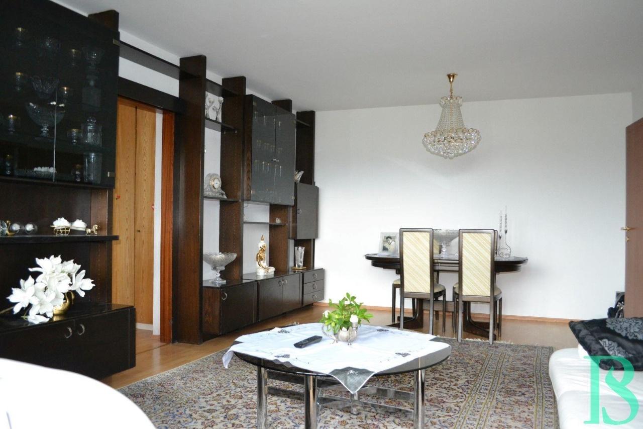 Wohnraum/Essplatz