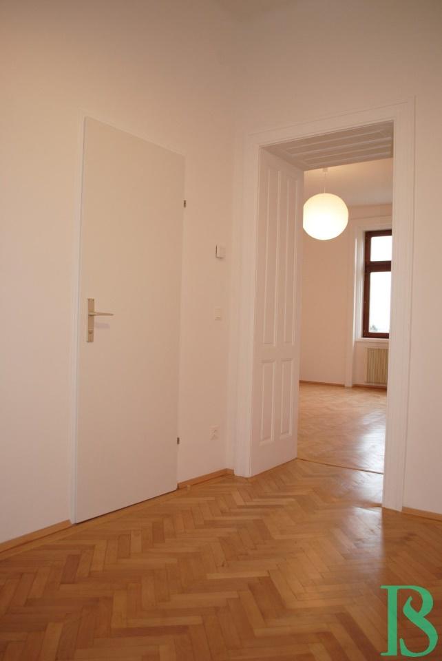 Vorraum / Bad / Wohnbereich