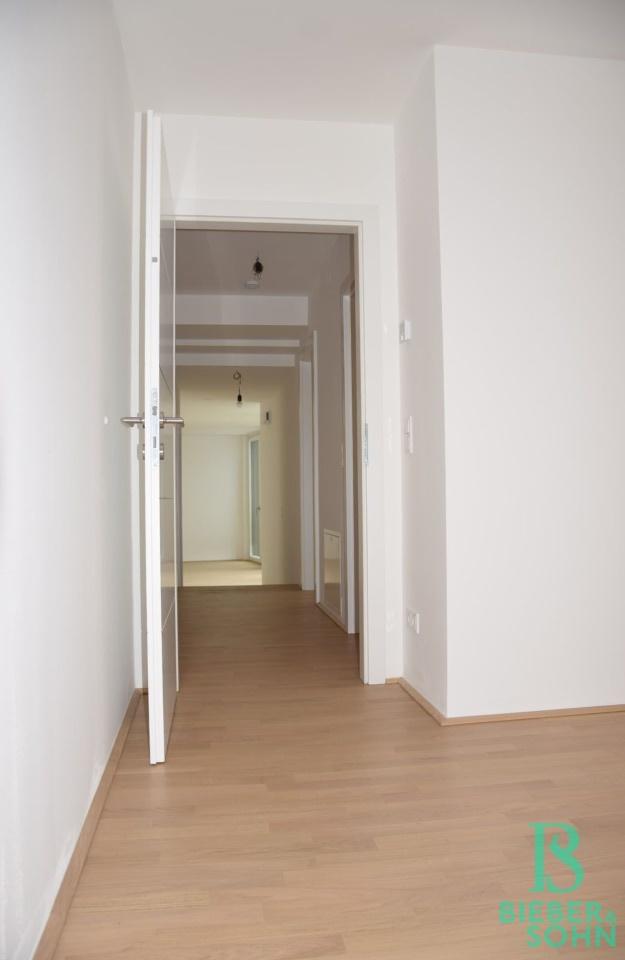 Blick von Zimmer 3/Gang