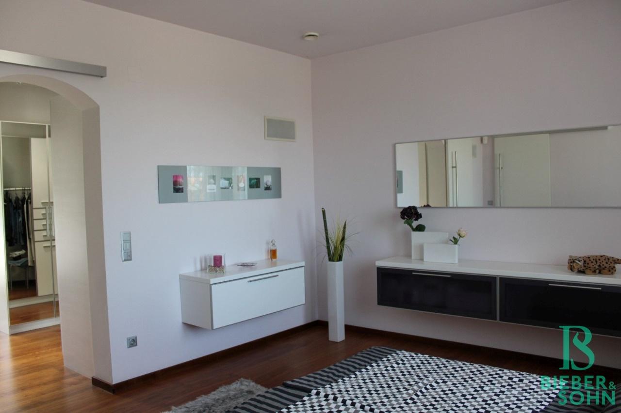 Schlafzimmer - Garderobe
