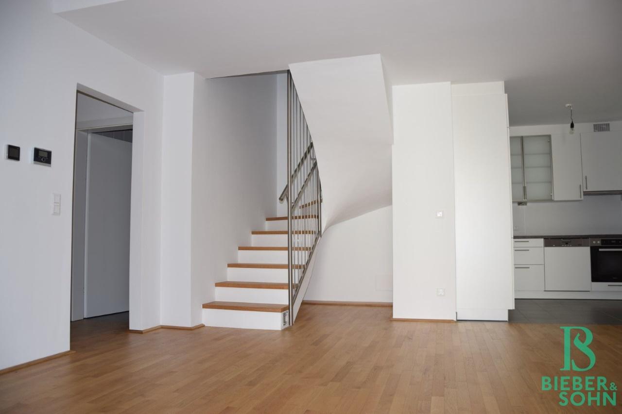Wohnraum/Aufgang