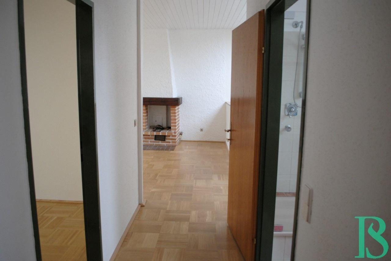 Zimmer 1 Blick Wohnbereich / Kamin Zimmer