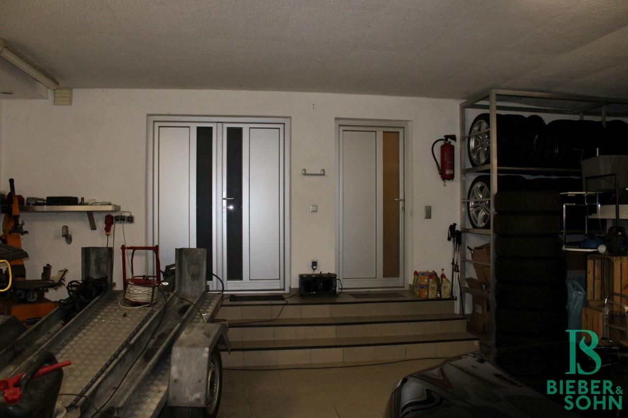 Garage / Vorraum / Werkraum
