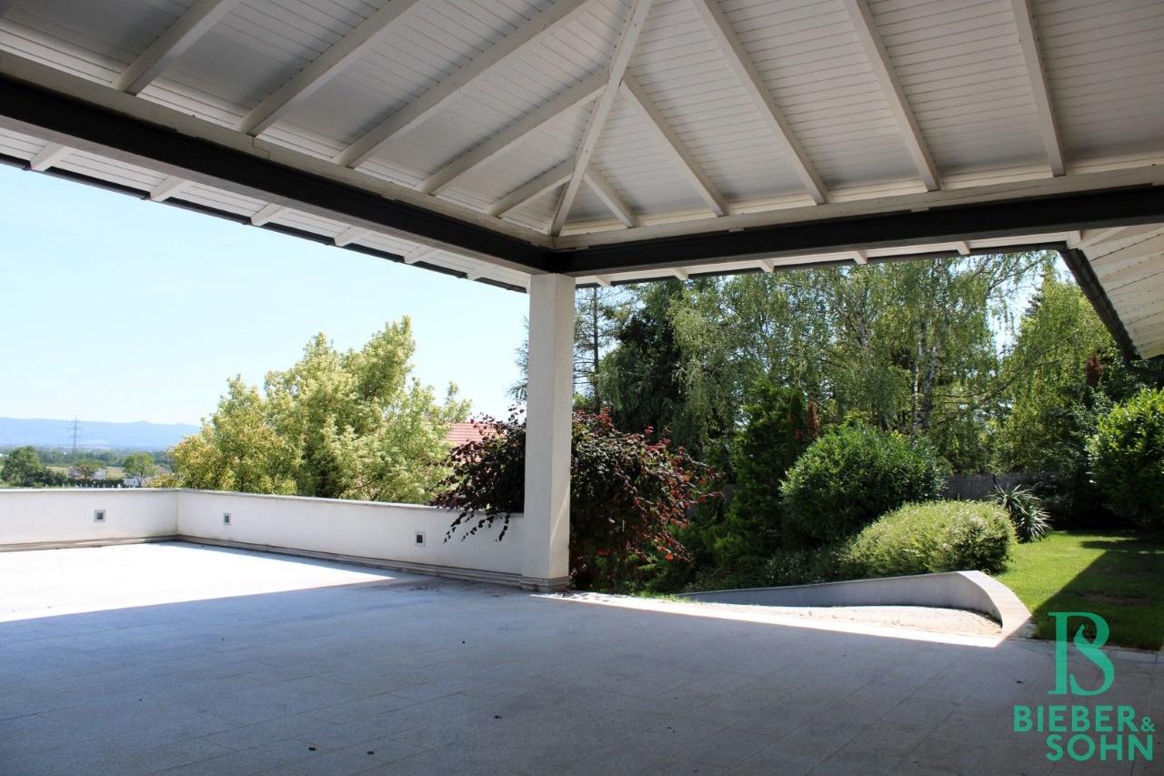 Stellplätze / Terrasse