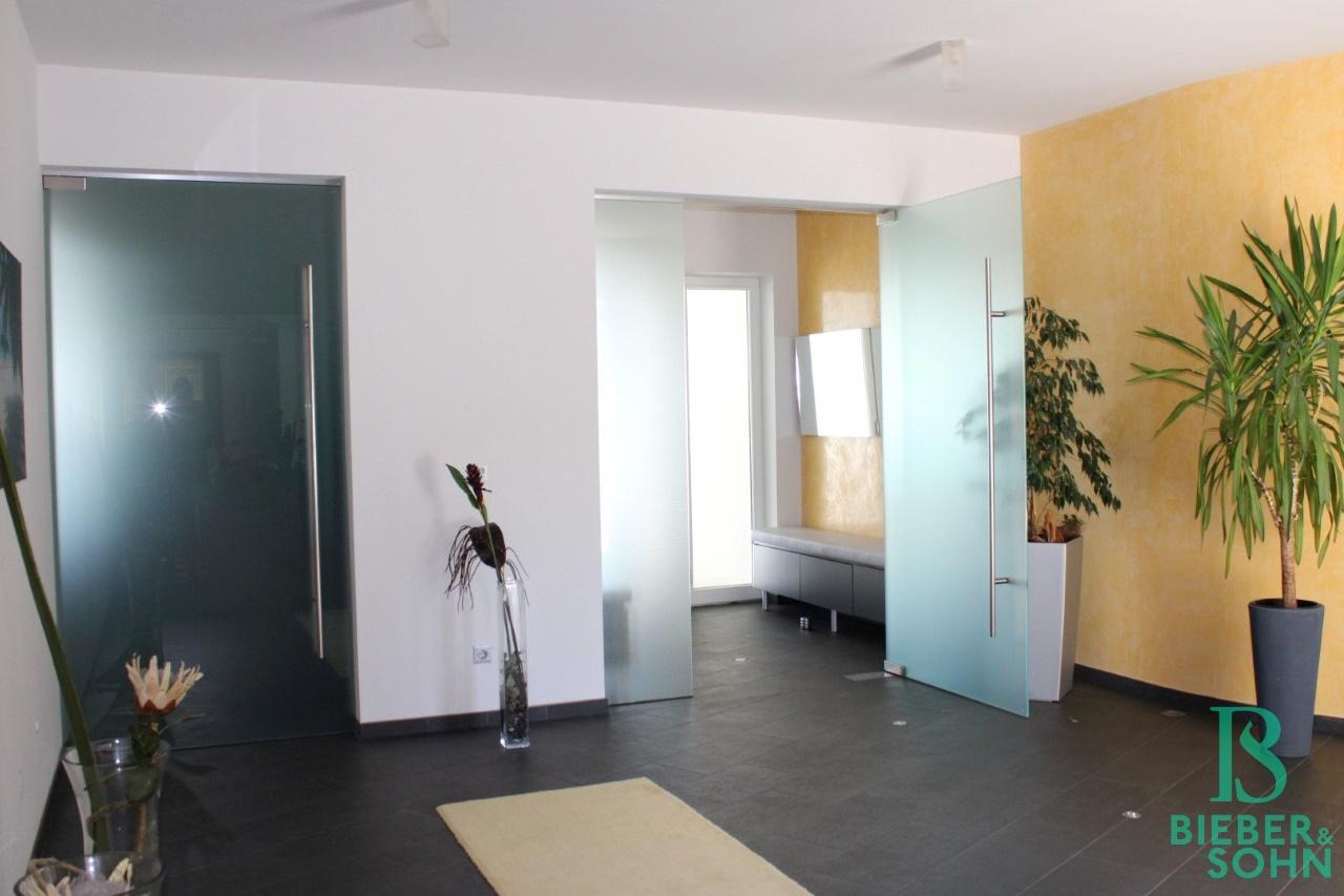 Empfangshalle / Vorraum / Garderobe