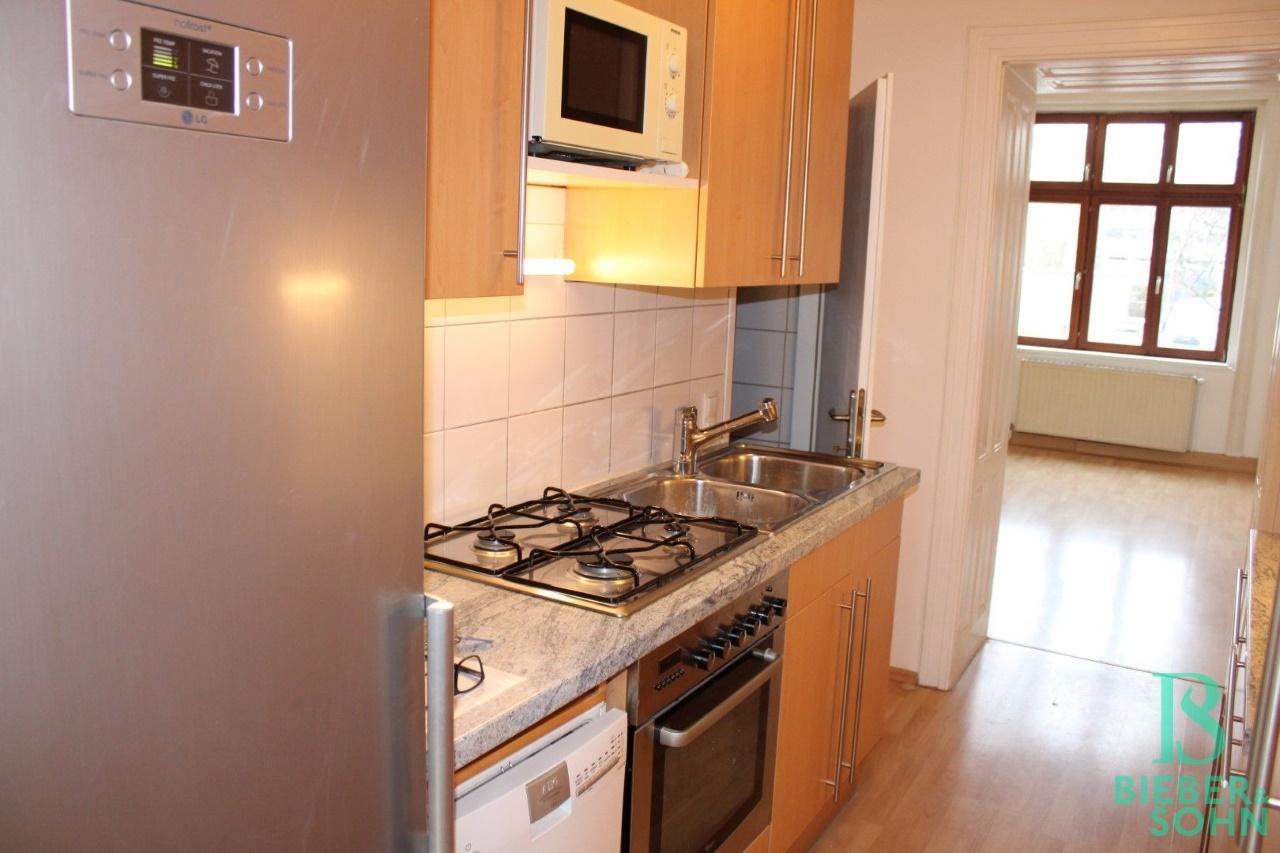 Küche / Bad / Wohnzimmer