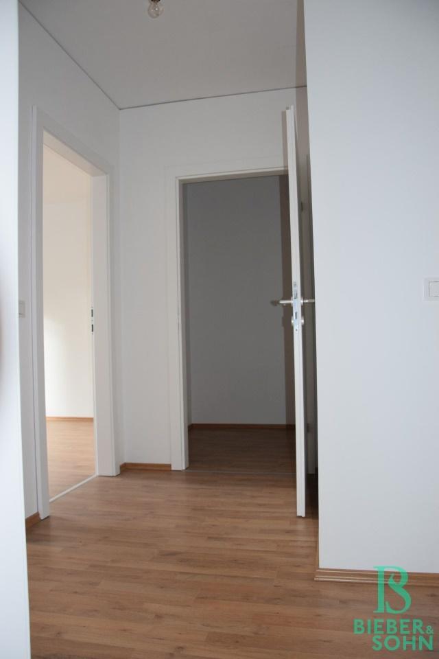 Flur/Blick AR/Zimmer 1