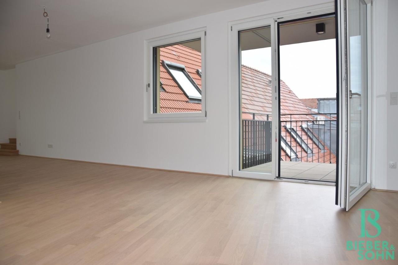 Wohnraum/Ausgang Balkon