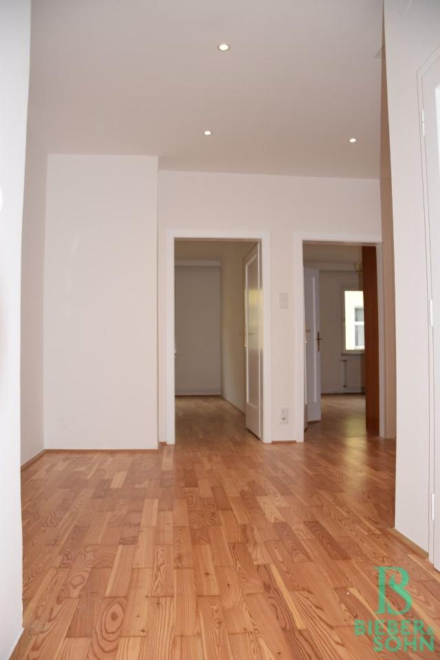 Blick Wohnraum/Zimmer 1