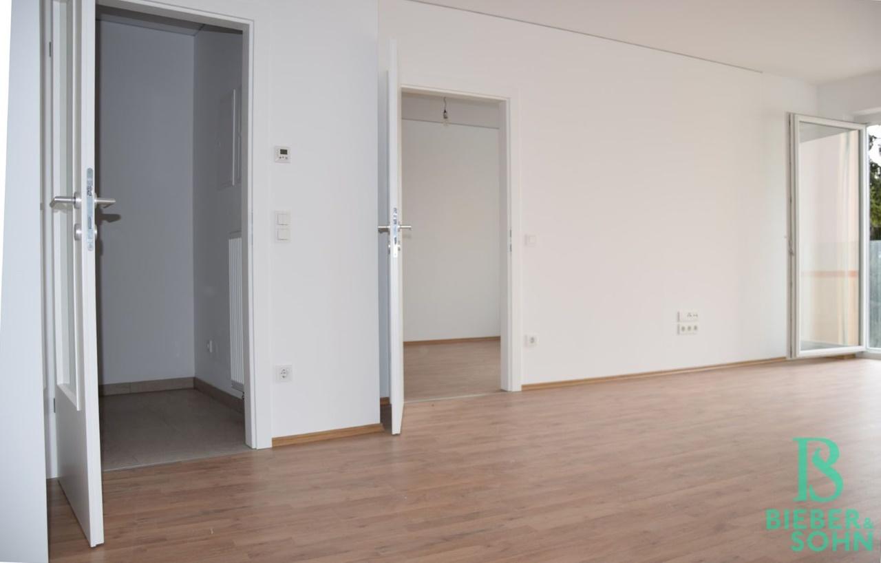 Blick Vorraum/Zimmer
