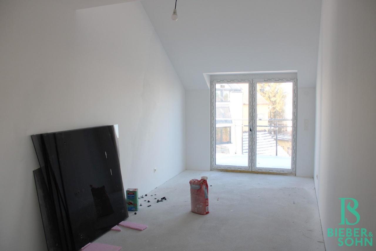 Zimmer / Balkon