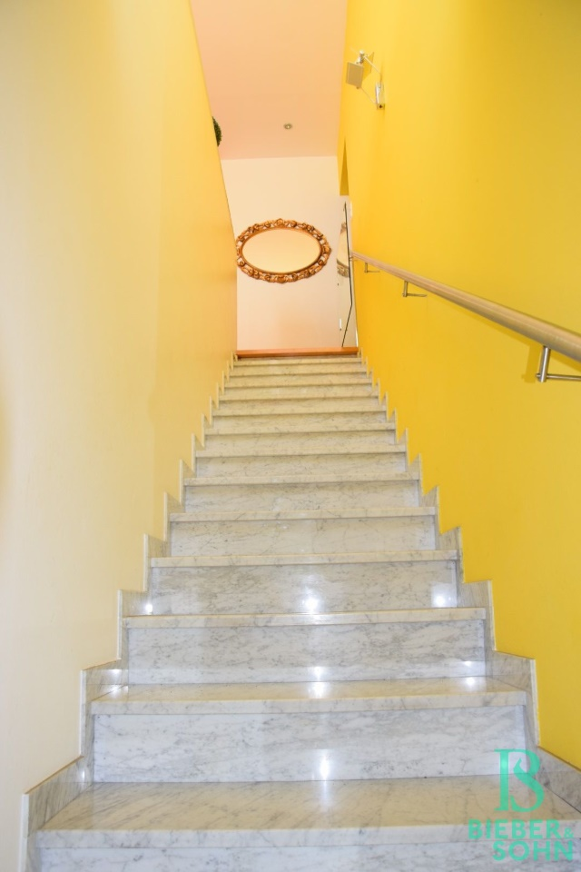 Stiegenaufgang Wohnung